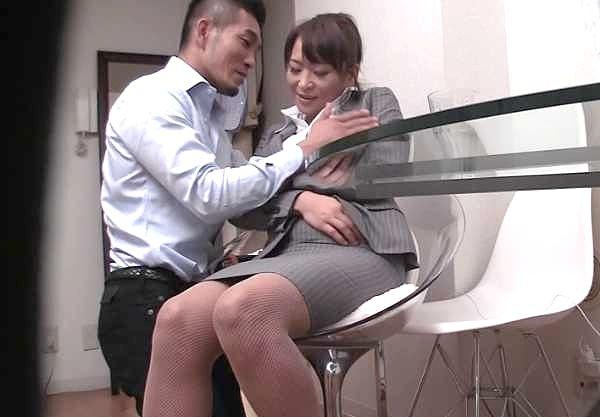 【人妻ナンパ】『こんなおばさんでいいのかしら…♥』性欲旺盛、SEXは無し!欲望溢れる人妻が乱れまくりの寝取りSEX!