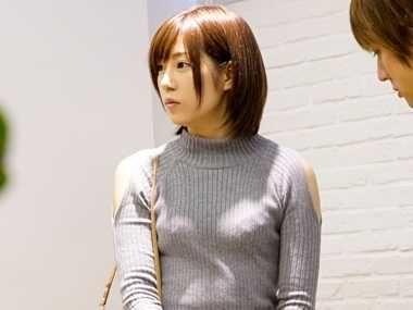 【企画】ガチ恋不可避のスーパー美少女をナンパでGET!!恥じらい脱衣と小さな嬌声、普通の女の子が今、女優へと変貌する!!