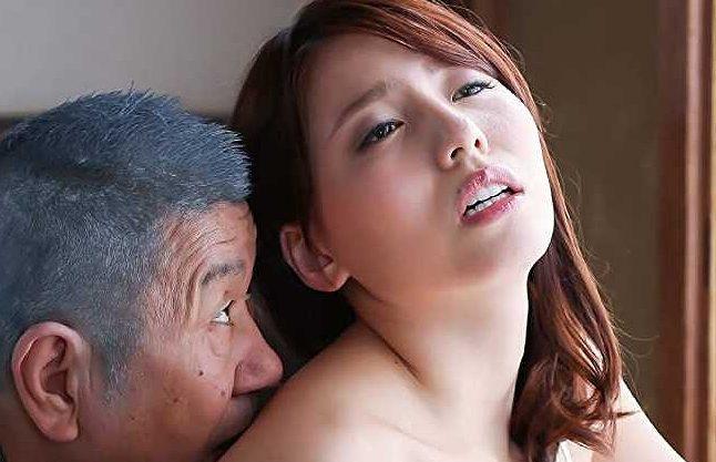 【ながえスタイル】『お義父さん…好きにしていいですよ♥』キモい義父の好意を利用して遊ぶ不貞な爆乳人妻!