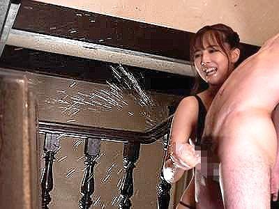 【男の潮吹き】『もっと、全部出してぇ!』アイドル痴女の凄テクに絶叫しながら男潮噴射!淫語の嵐に寸止め絶頂の大噴水!!