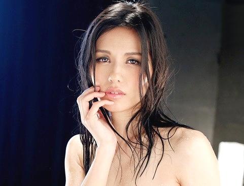 【熟女】『んっ…チ○ポほしいの…♥』美熟女を拘束凌辱&見つめる主観フェラ!快楽むさぼる淫乱痴女が理性崩壊w