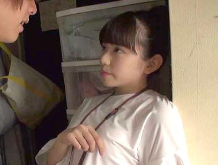 【SOD】恥ずかしすぎてもう限界!激カワ女子社員が不安と緊張いっぱいの手コキ奉仕&オナニー披露w
