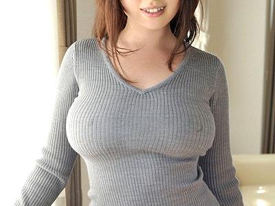 【爆乳】『やだ、すごいおっきくなってる♥』友人のお姉さんはノーブラ着衣巨乳!フル勃起チ○ポに発情しておっぱい奉仕しちゃうw