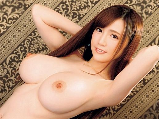 【すみれ美香】『ご奉仕しちゃいます♥』予約は常にキャンセル待ちのプレミア嬢!爆乳ボディ見せつける悶絶SEXで衝撃デビュー