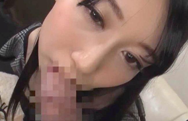 【熟女】『すっごい固い…♥』旦那のチ○ポでは満足できない!巨根求める美人人妻が拘束凌辱で連続フェラ抜き奉仕するw