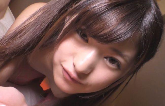 【渚みつき】『いっぱい出ちゃった…♥』ロリ顔コスプレ美少女と密室個撮!見つめて主観フェラ&スレンダーボディをガン突き!