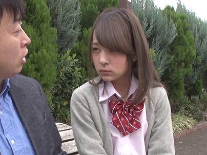 【企画】『あぁッ、イッちゃいそう♥』激カワなレンタル彼女は現役JK!密室で乱れまくりの制服娘に大量射精www