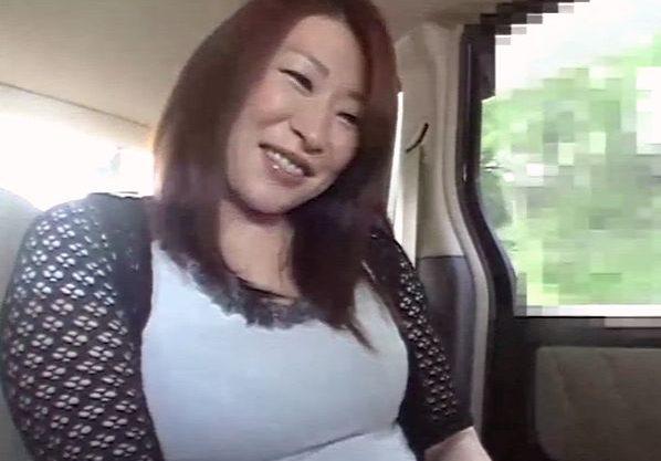 【熟女】『あぁッ、だめよ…♥』母と息子で水入らず旅行!完熟ボディに興奮しまくる母子相姦で禁断の関係に。。。