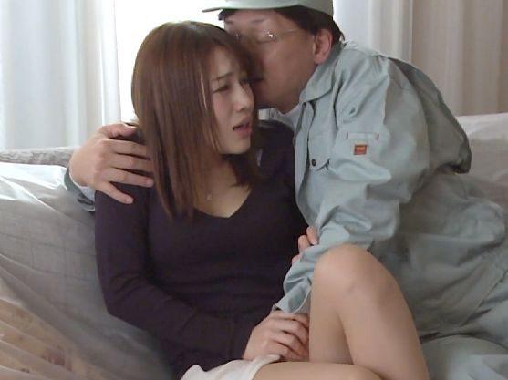 【ながえスタイル】『あぁッ、ダメ…♥』夫の上司に犯される美人人妻!他人棒のピストンに落ちて禁断絶頂のエロドラマ
