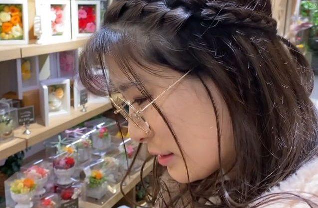 【素人】『もっと欲しいの…♥』メガネが似合うデザイナーお姉さんとラブラブFuck!痴女責め&コスプレFuckで肉棒懇願w
