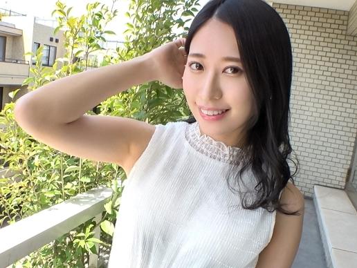 【素人】『あぁッ、もうダメぇ♥』日本人離れした美貌のスレンダー美女!主観ご奉仕&パイパンマ○コに激ハメの悶絶SEX